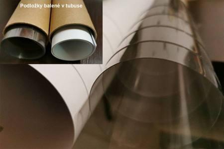 Podložky na zalievanie v praktickom tubuse pre ľahké uskladnenie